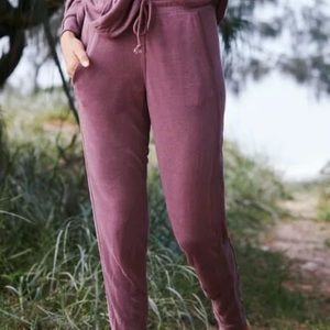🆕 FP Movement Back Into It joggers merlot S pants